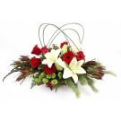 /centro-de-flores-natalino-vermelho-e-branco