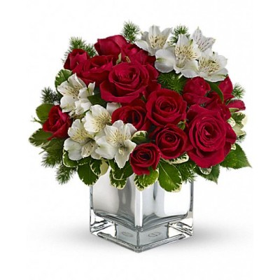 18-red-roses-and-white-alstromeria-in-glass-vase