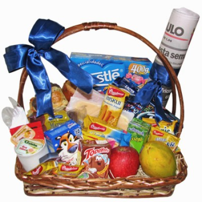 Breaksfast Giftbasket with Newspaper