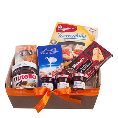 Gourmet Gift Basket with imported products to Brazil