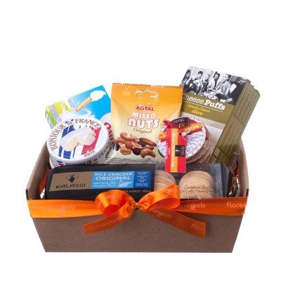 Cheese and Crackers Gift Basket - Small