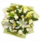white-flowers-bouquet-spain