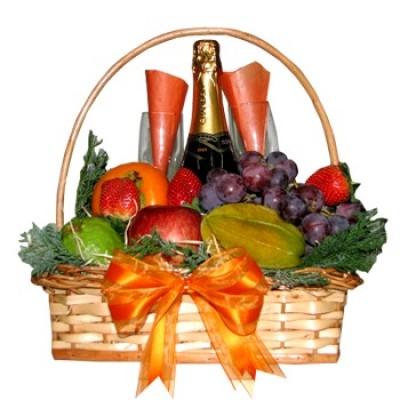 cesta-de-frutas-con-cava